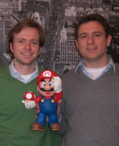 Zwei der drei Gründer von Goodgames Studios (v.l.n.r.): Christian Wawzrinek und Kai Wawzrinek