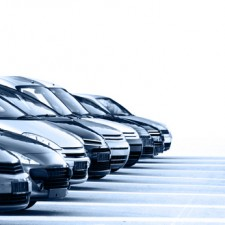 Handy-Nutzung im Auto: So riskieren Sie kein Bußgeld