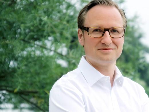 Lars Olbrich ist Leiter des Bereichs Business Development / Sales bei AoTerra