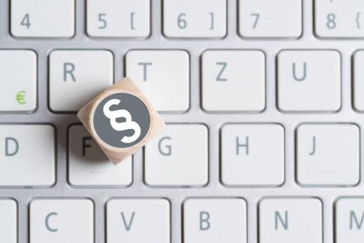 Online- und Medienrecht: Urteile im Oktober 2015