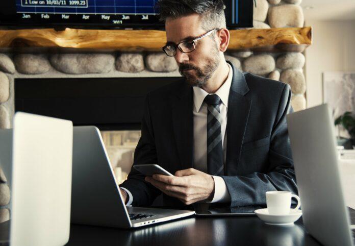 Soloselbstständigkeit – Ein Arbeitsmodell auf dem absteigenden Ast?