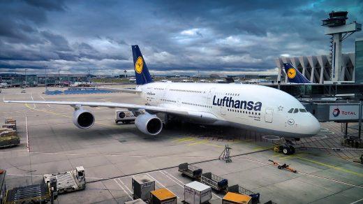 Lufthansa: rund 60 Flüge pro Tag fallen aus