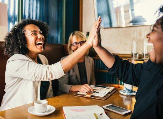 Die Arbeit als Zufluchtsort? Eine Anleitung zum Glücklichsein im Job