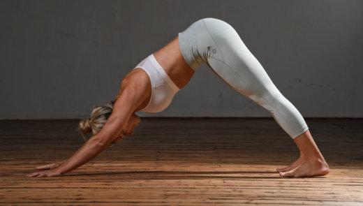 Business Yoga: Herabschauender Hund