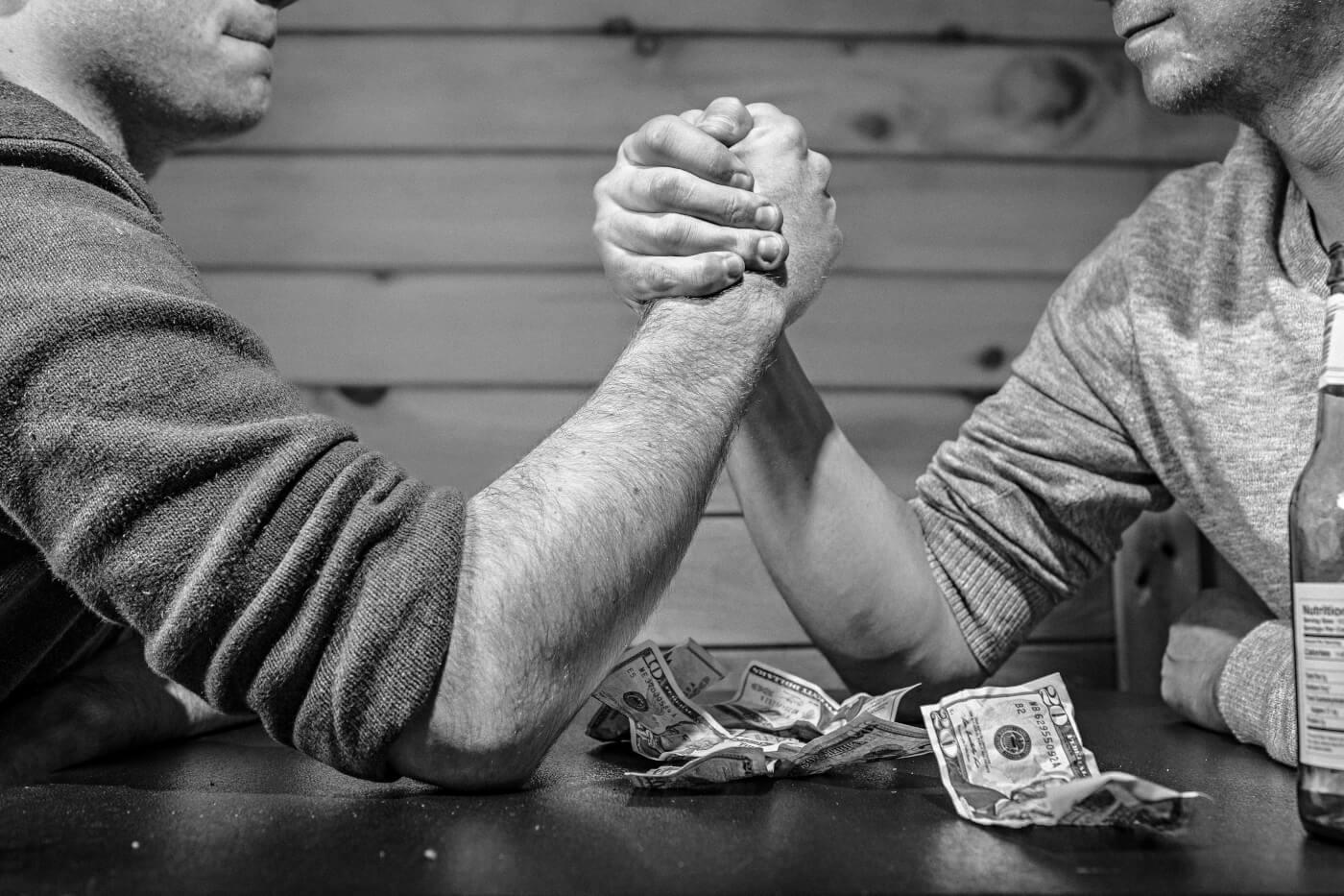 Rivalität unter Kollegen: 4 Tipps, wie du sie zu deinem Vorteil nutzt
