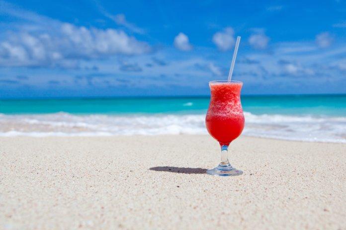 Achtung Abzocke: 7 Versteckte Kostenfallen im Urlaub