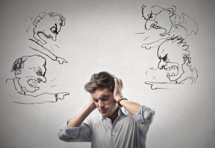 Führungsstile Wie Chefs ihre Mitarbeiter zum Burnout treiben