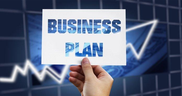 Professionellen Businessplan erstellen: 3 Tipps [+Infografik]