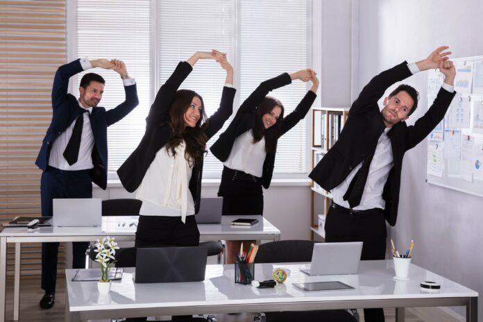 Bürogymnastik: 9 Dinge, die du tun kannst, um fit zu bleiben