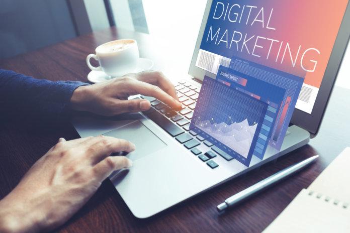 7 Wege, deine Social-Media-Kanäle mit deiner Website zu verbinden