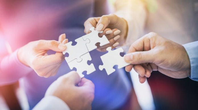 Synergieeffekte im Verkauf: Die Win-Win-Strategie