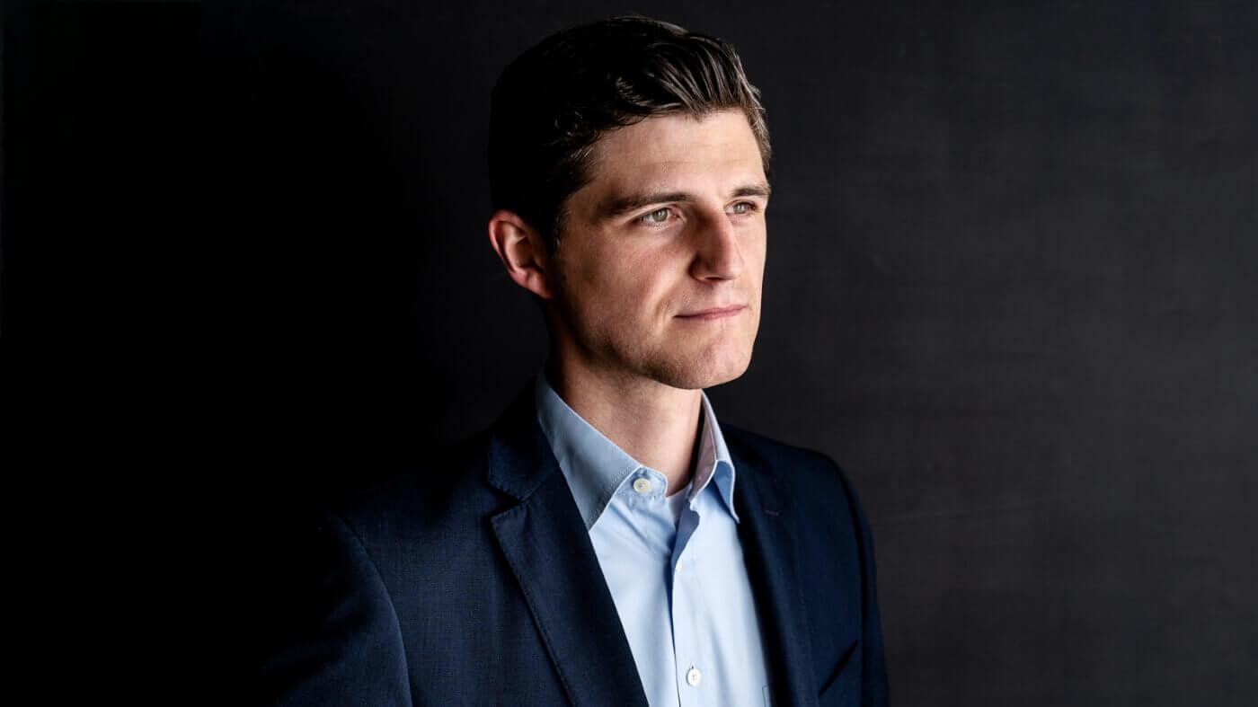 Unternehmenserfolg: Julien Backhaus im Experten-Interview