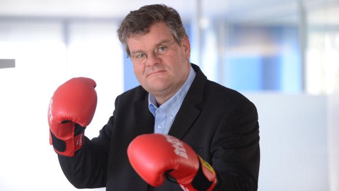 Schlagfertigkeit: Prof. Michael Hoyer im Experten-Interview