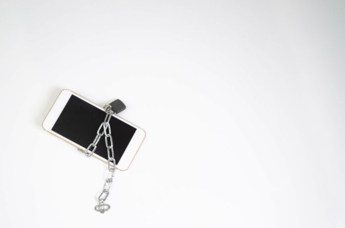Digital Detox: 8 Tipps, wie dir das Smartphone-Fasten gelingt