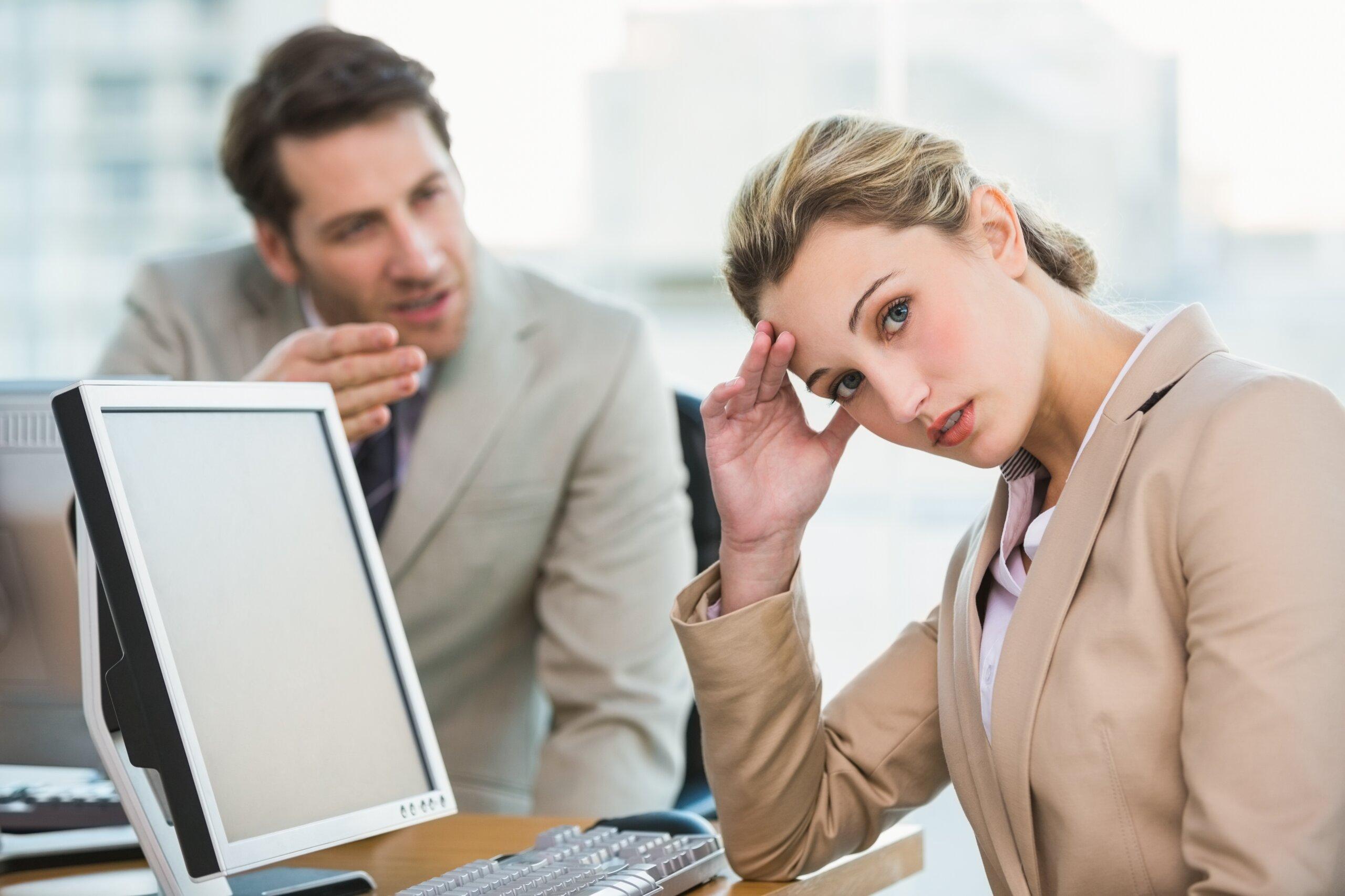 5 Dinge, die furchtbare Chefs heimlich über Mitarbeiter denken (Teil I)