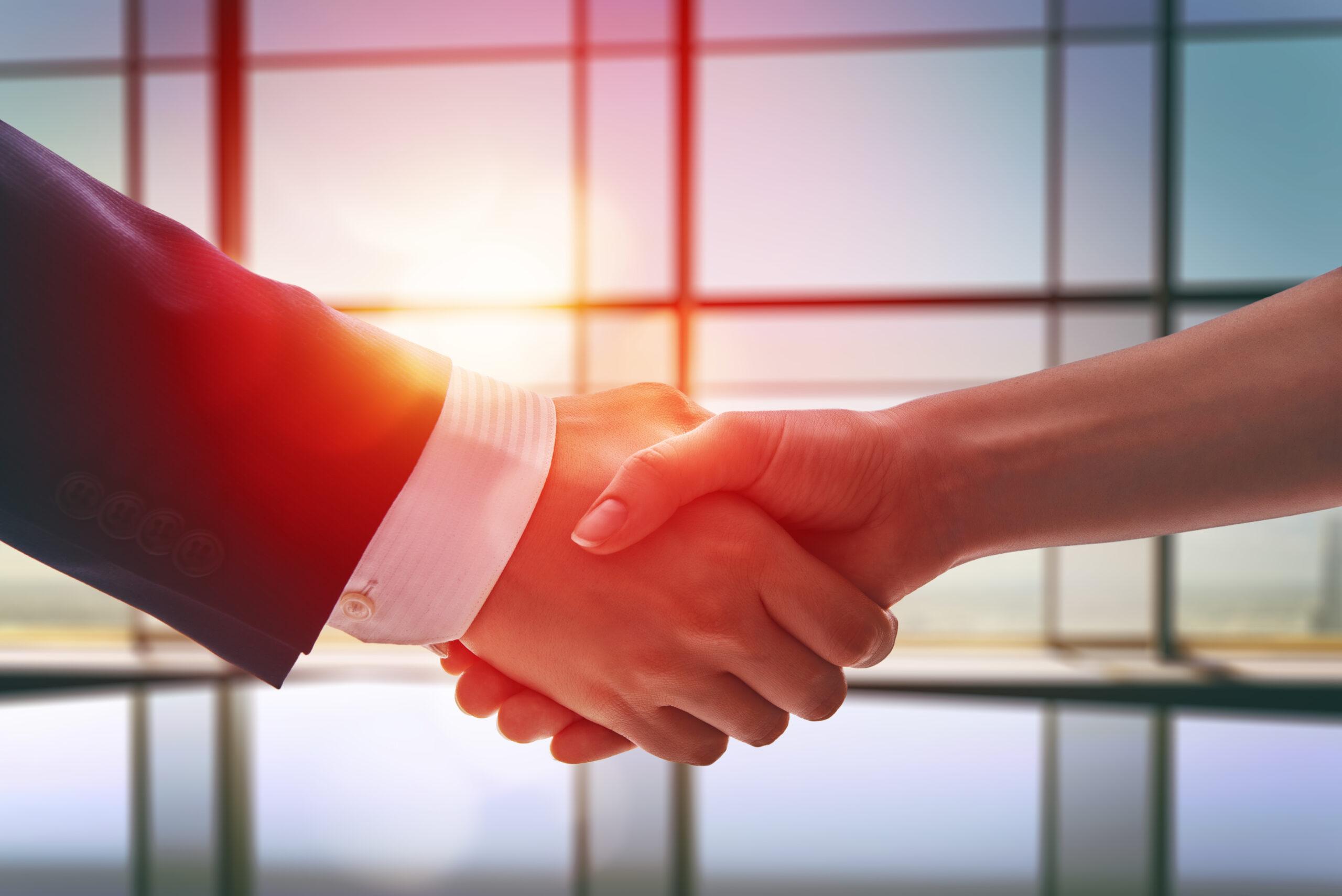 Erfolg im Verkauf: 7 Tipps, mit denen du Kunden zum Abschluss führst