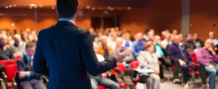Warum deine Präsentation beginnt bevor du die Bühne betrittst