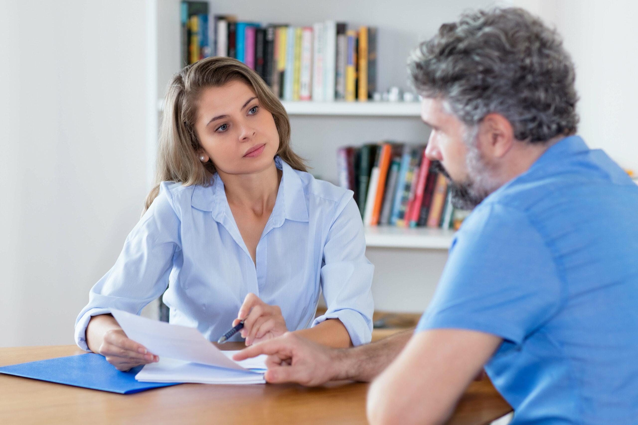Fragen mit Fokus: Praxistipps für Kunden- und Mitarbeitergespräche