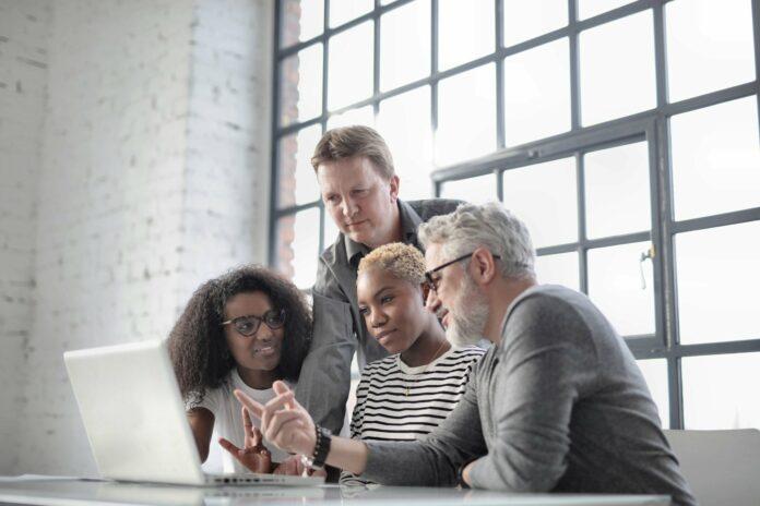 Interkulturelle Kommunikation für dein Business: So klappt's!