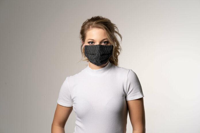 Souverän im Kundenkontakt – trotz Mund-Nasenschutz: 4 Tipps