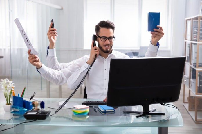 Auftragsbezogene Zeiterfassung: Produktivität im Handumdrehen steigern