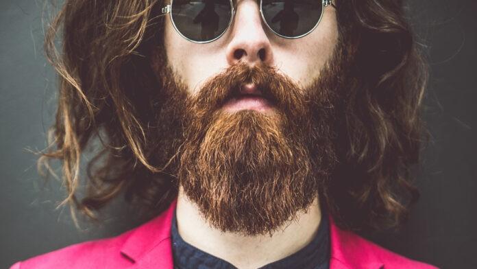 Business-Knigge: Das richtige Outfit finden