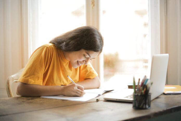 So klappt Homeschooling und Fernstudium