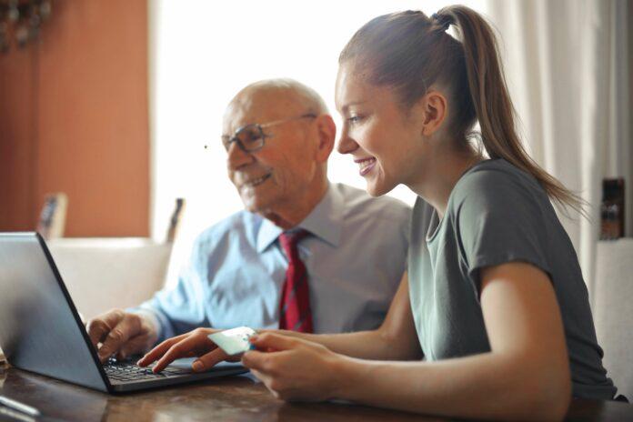 Ältere Mitarbeiter: Deshalb verbessern sie dein Unternehmen