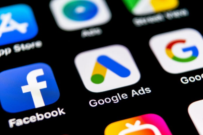 Google Ads vs Facebook Ads: Was macht mehr Sinn?
