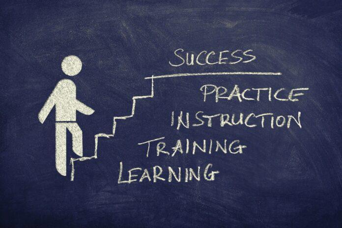 Mitarbeiterführung: Warum Fortbildung die Effizienz steigert
