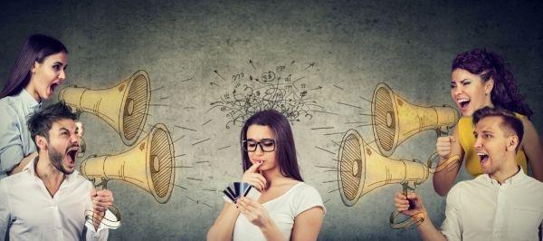 Können uns Werbeanzeigen auf Facebook & Co manipulieren?